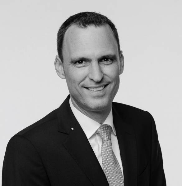 Dr. Andreas Bootz