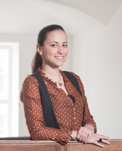 Dr. Yasmine Aguib